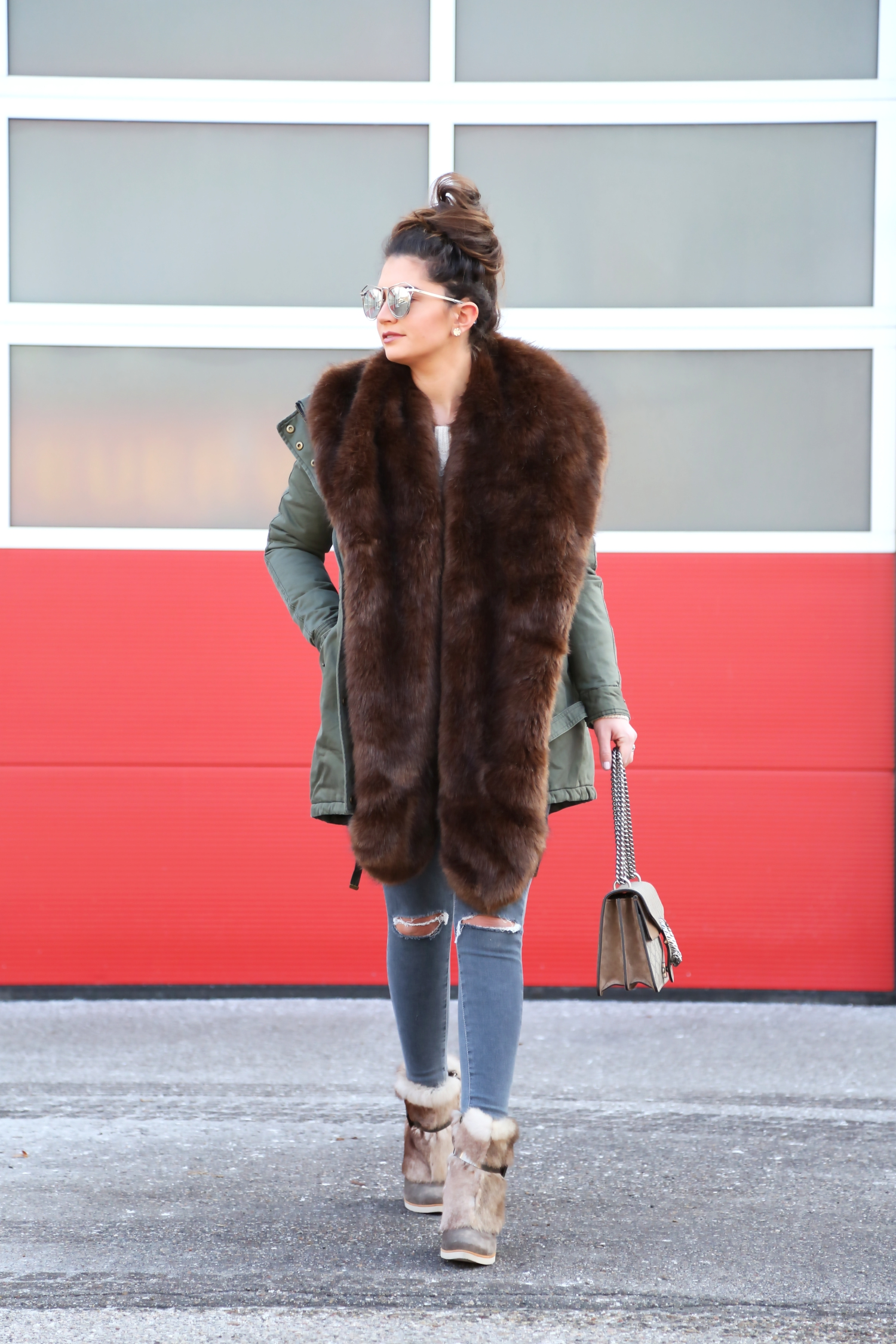 outfit-winter-look-parka-gucci-bag-faux-scarf