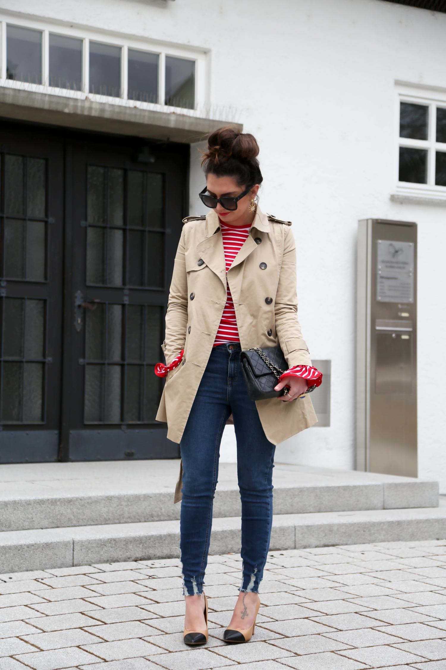 outfit-jeans-new-look-trenchcoat-chanel-bag-fashionblogger-look-winter