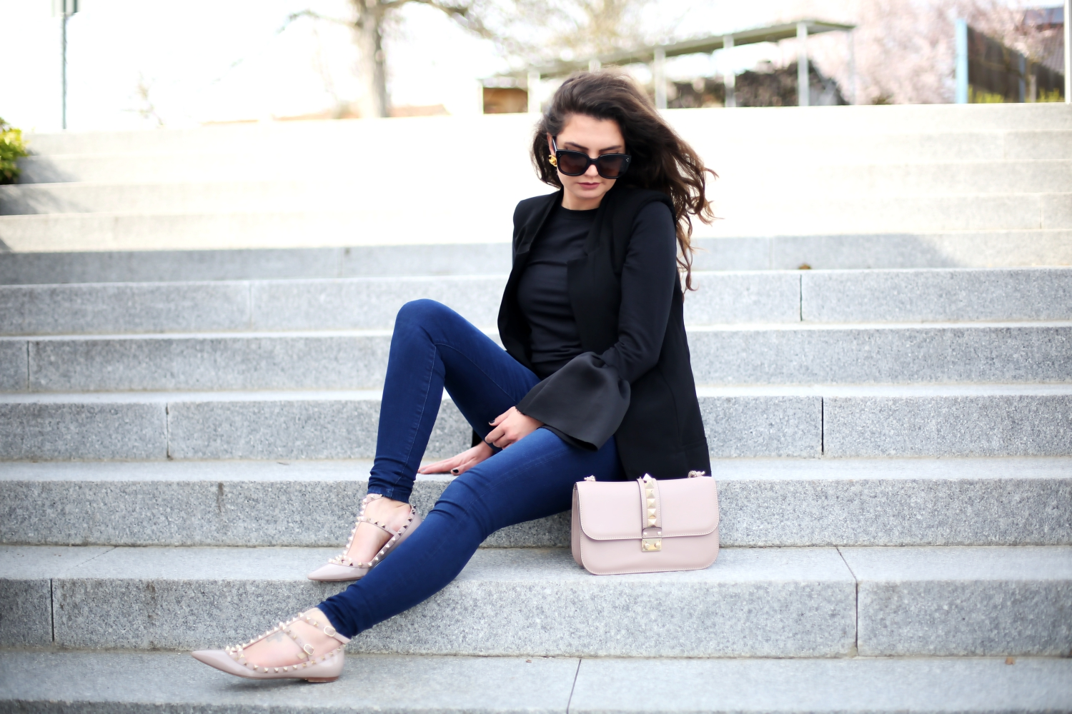 571f85ec2c90 outfit  rockstud flats and bag - FashionHippieLoves