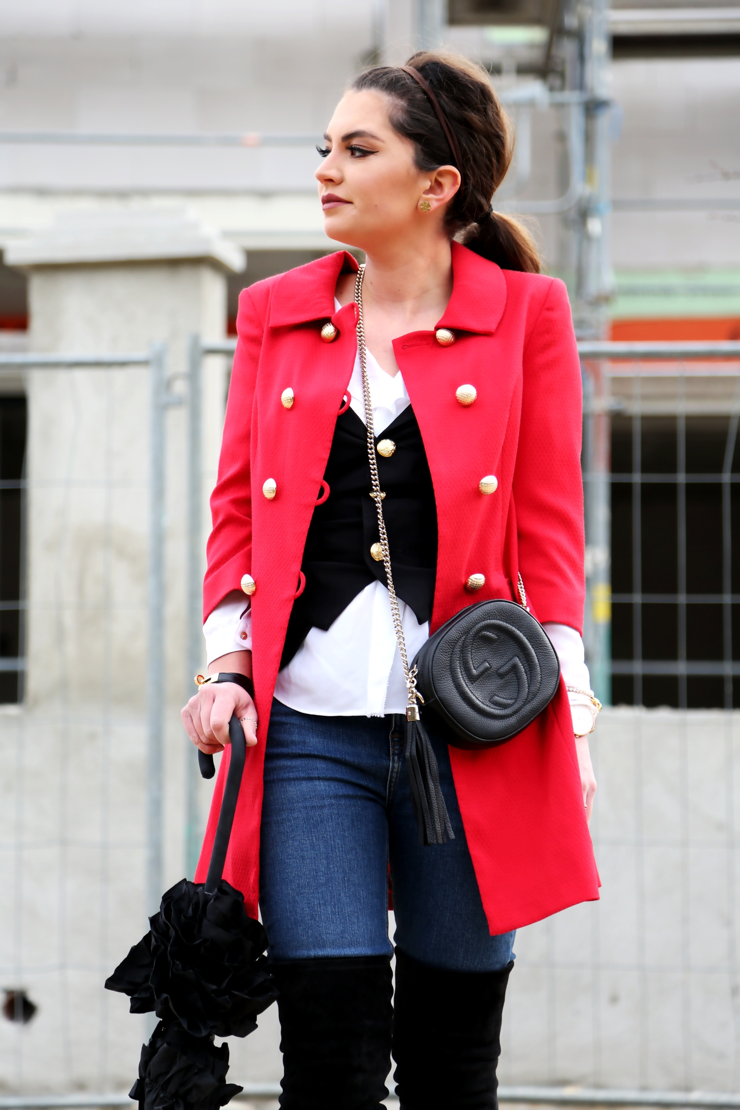 outfit-military-coat-overknees-stuart-weitzman-gucci-bag-soho