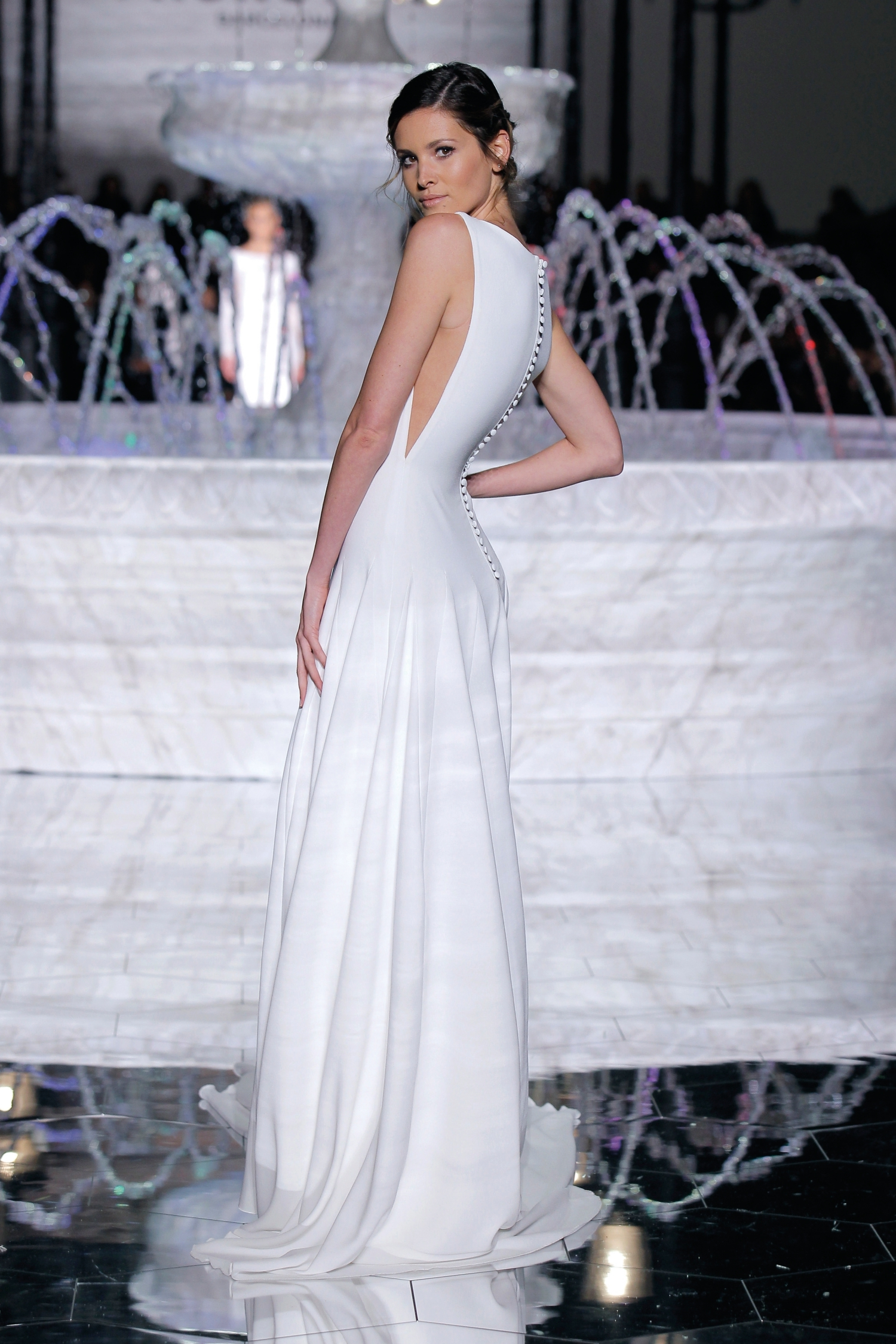 1-PRONOVIAS FASHION SHOW_ Renace (2)