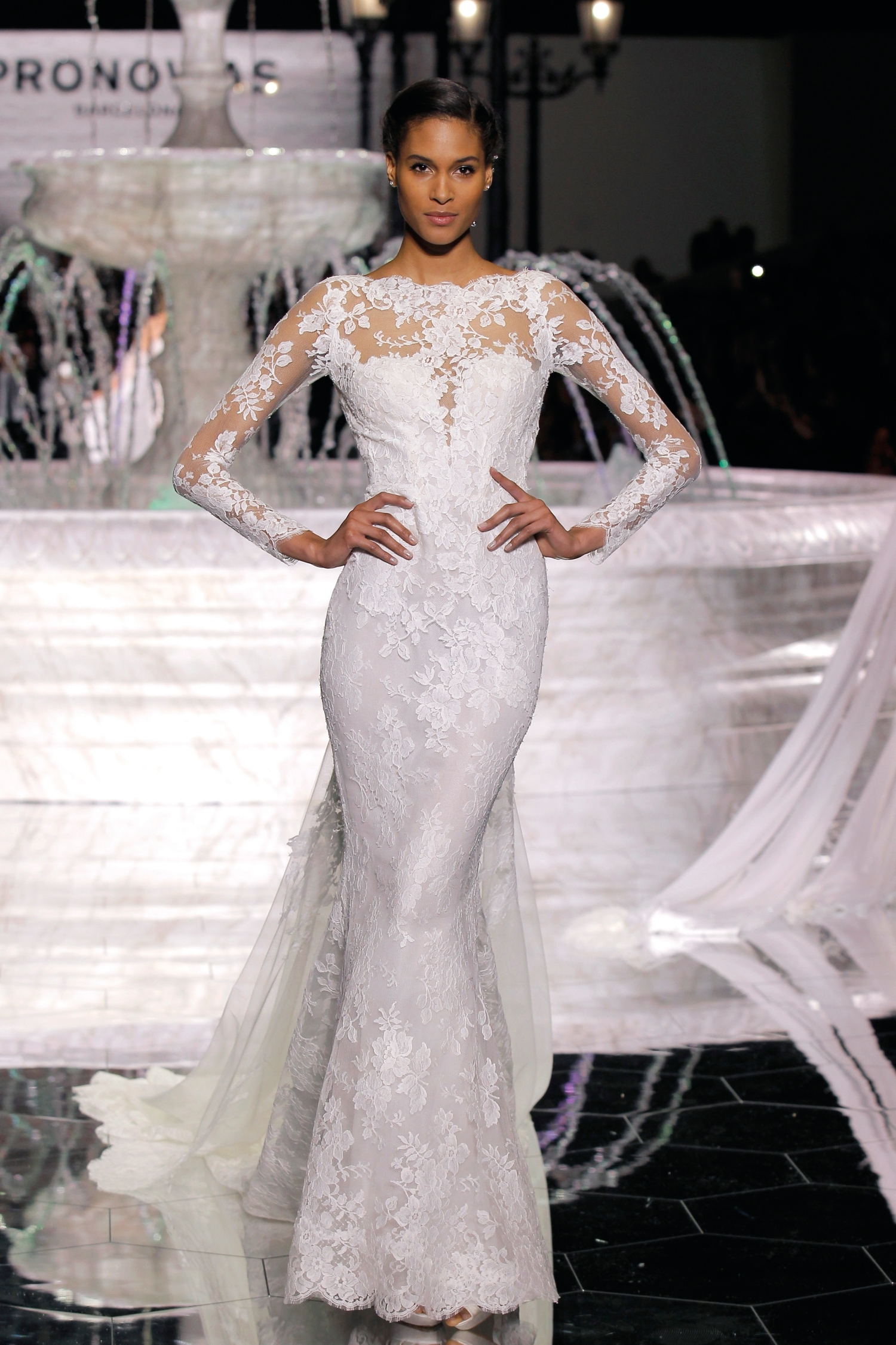 1-PRONOVIAS FASHION SHOW_ Romeo