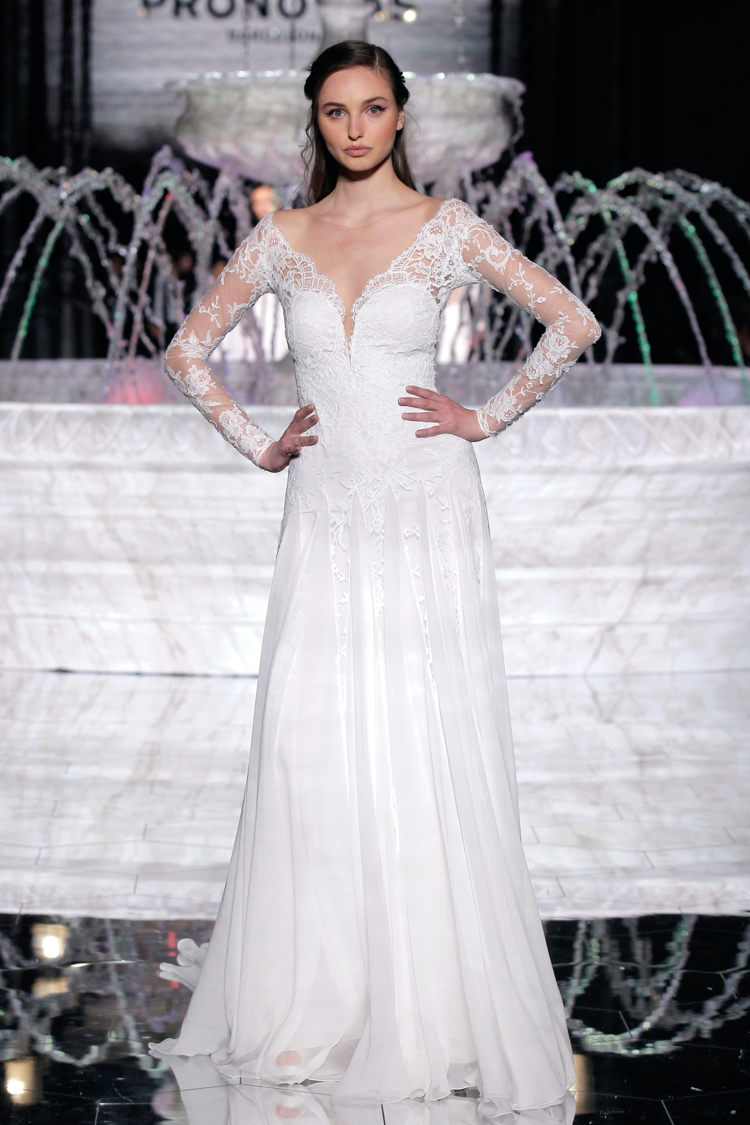 1-PRONOVIAS FASHION SHOW_ Rosana