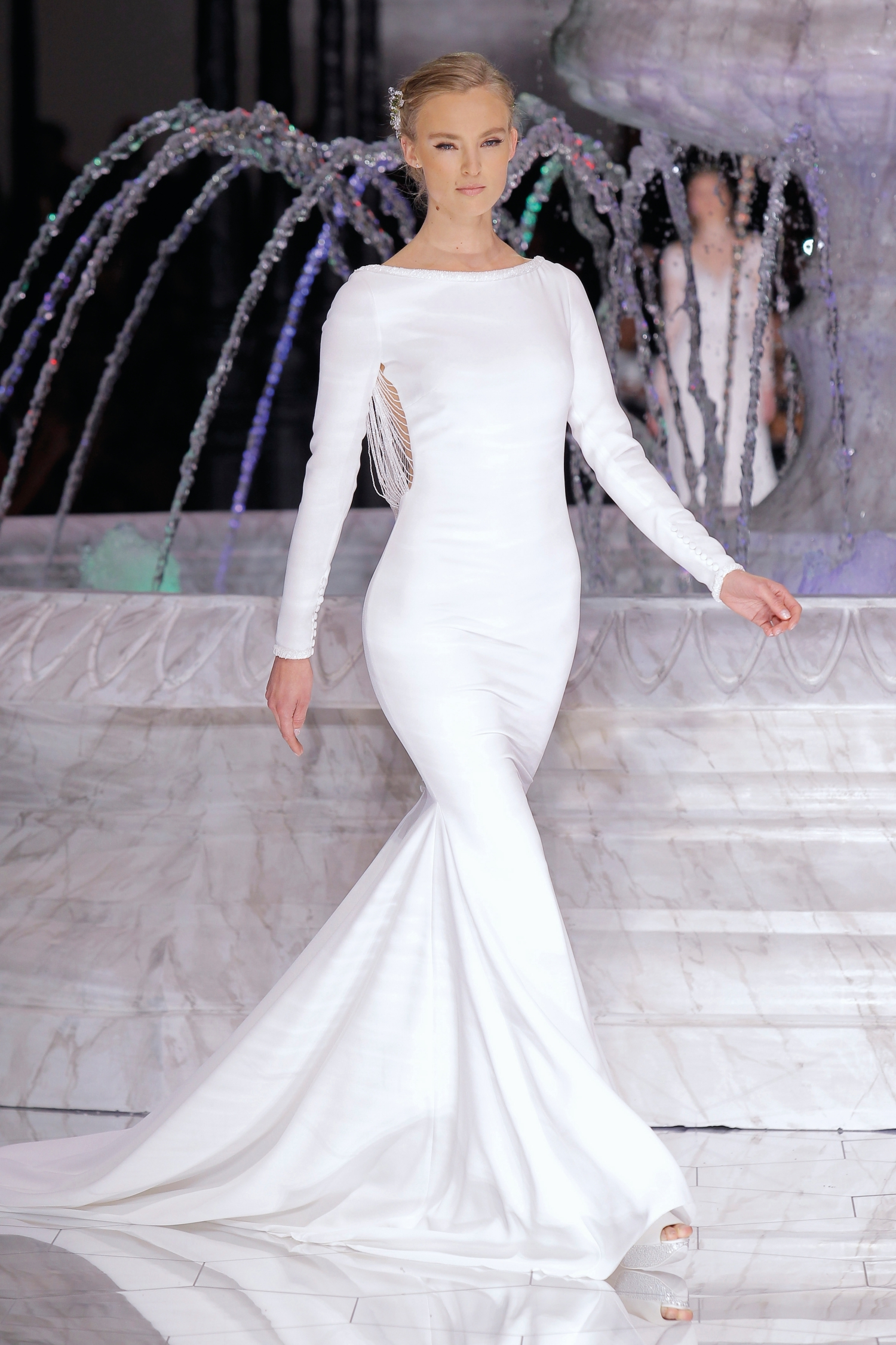 1-PRONOVIAS FASHION SHOW_Resal (2)
