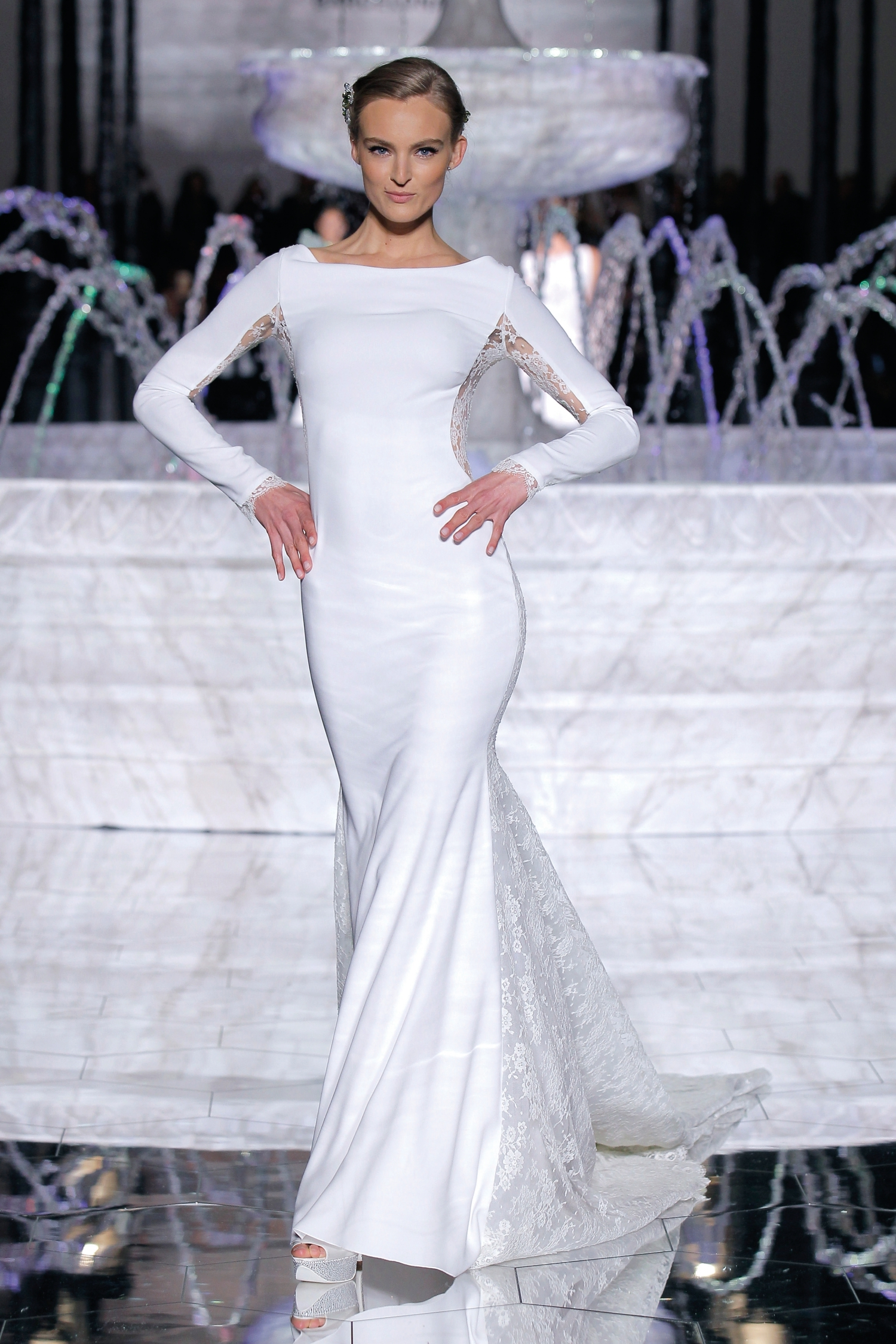 1-PRONOVIAS FASHION SHOW_Rica