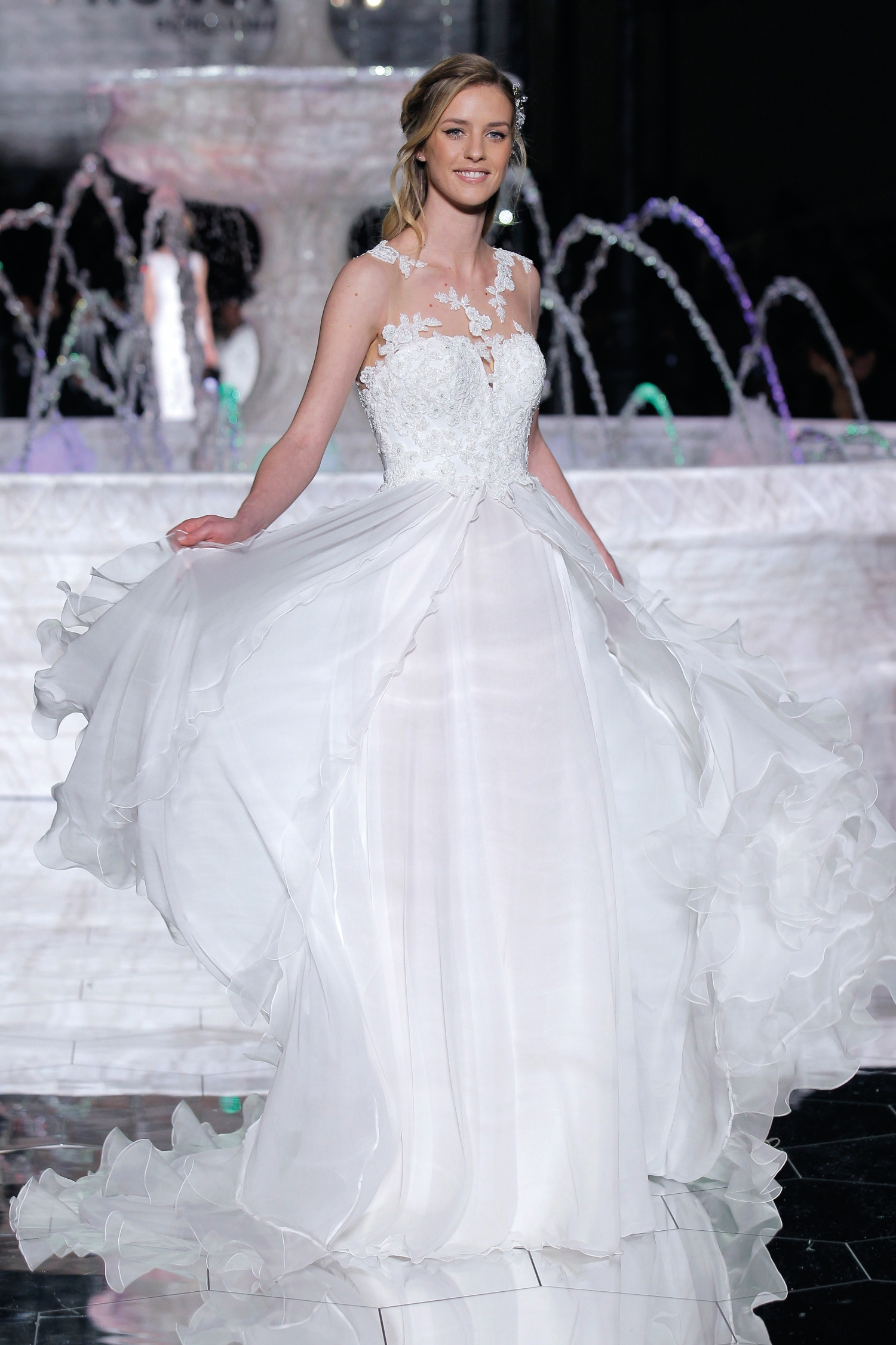 1-PRONOVIAS FASHION SHOW_Risal