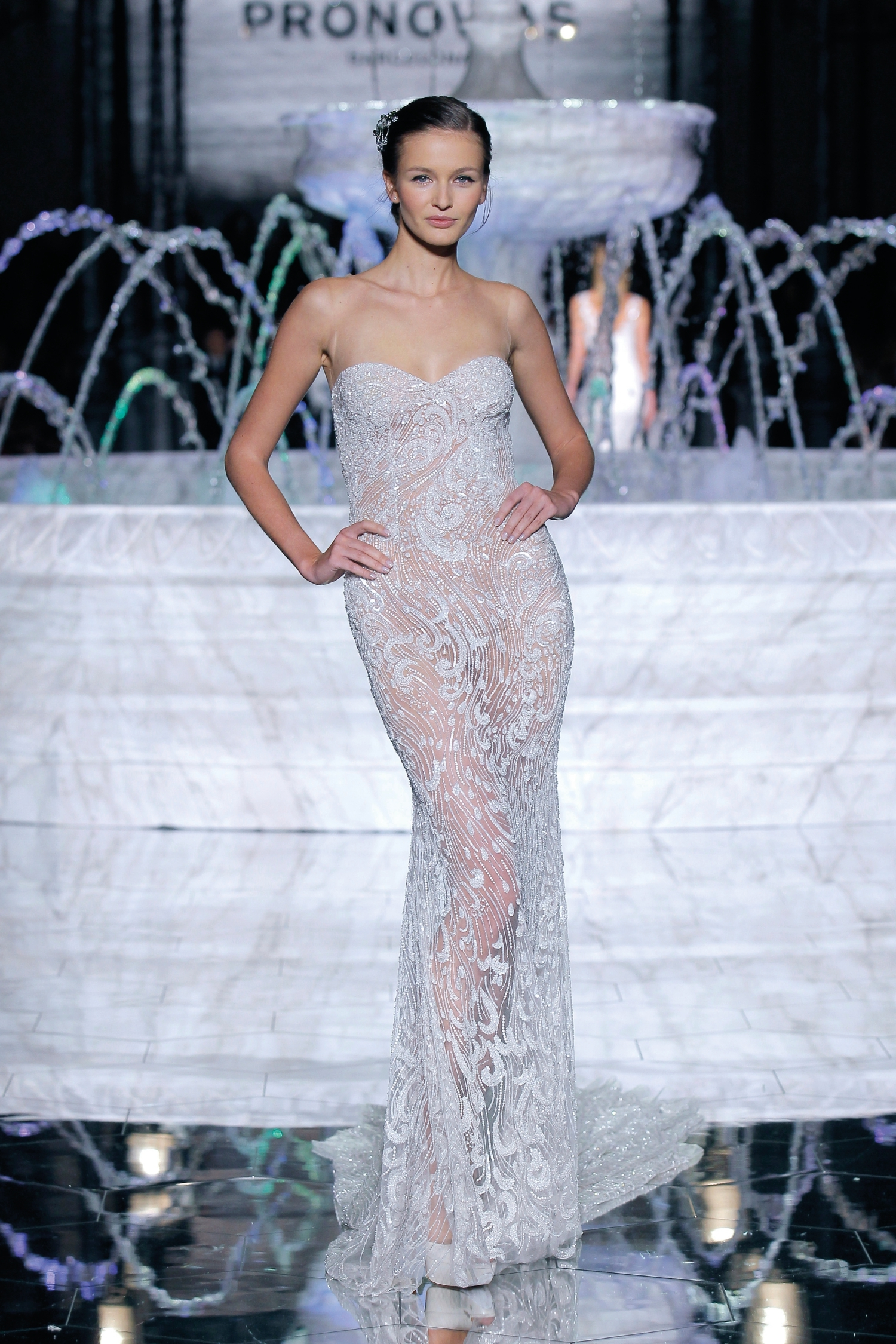 1-PRONOVIAS FASHION SHOW_Risca
