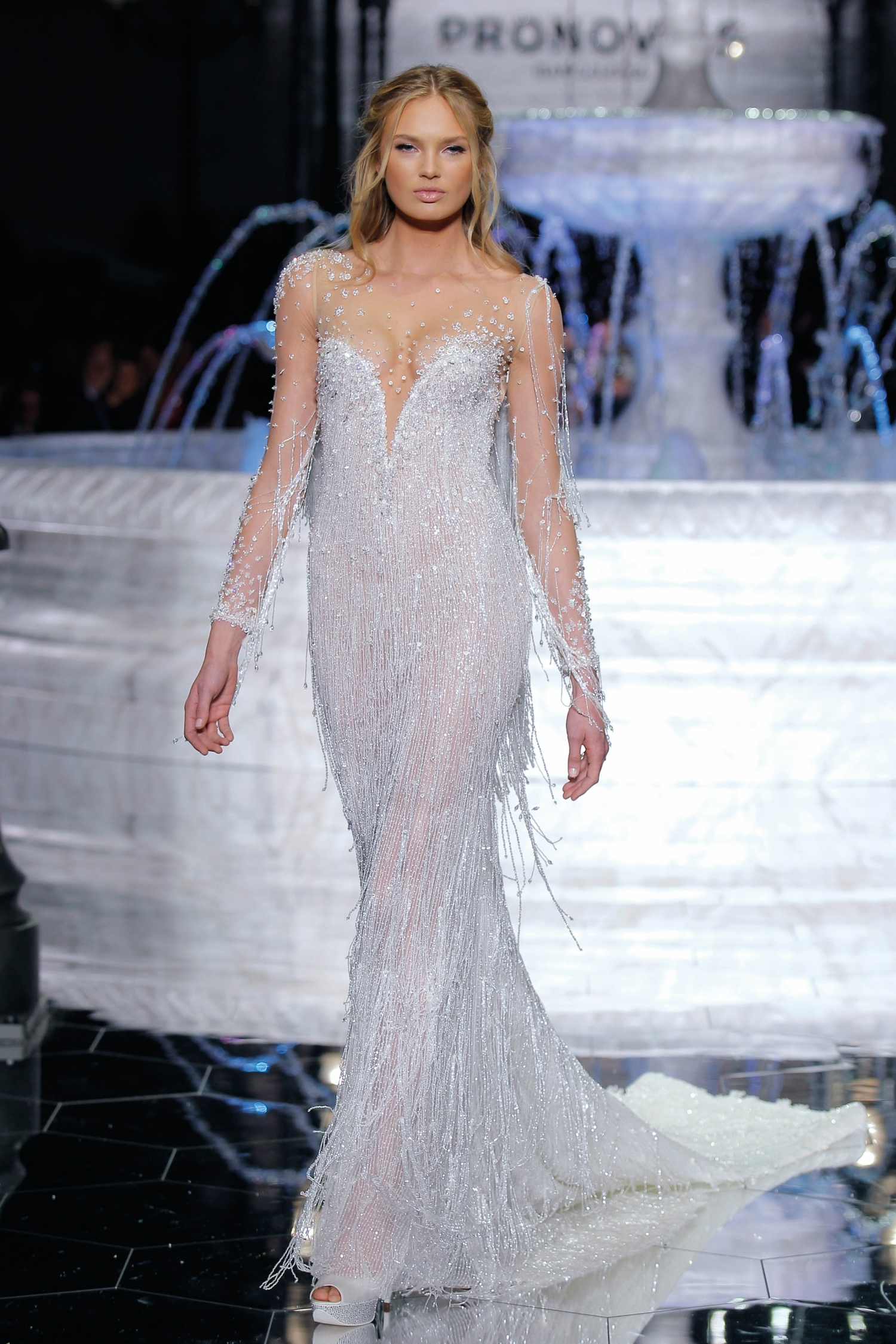 1-PRONOVIAS FASHION SHOW_Riva