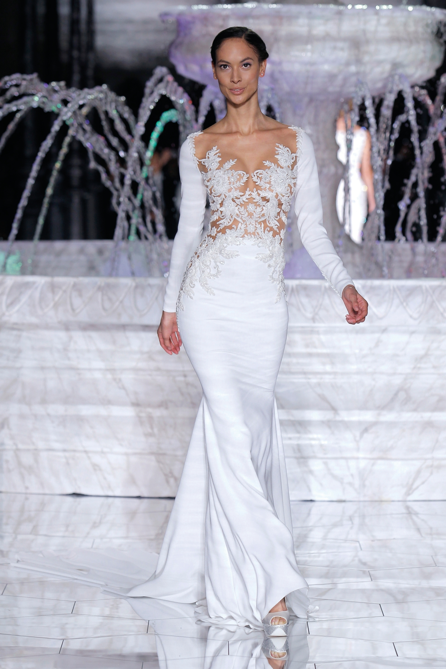 1-PRONOVIAS FASHION SHOW_Roine