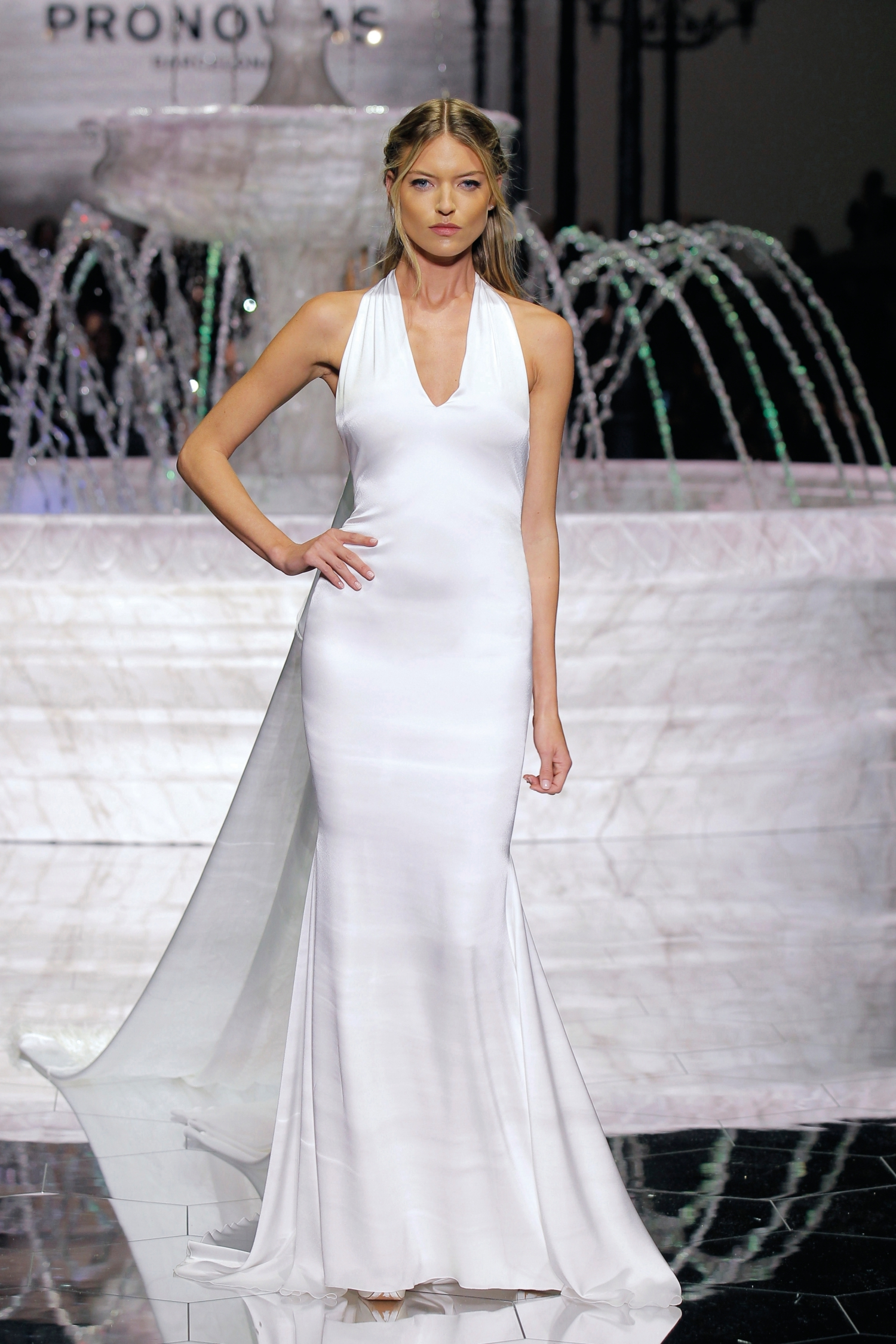 1-PRONOVIAS FASHION SHOW_Roma
