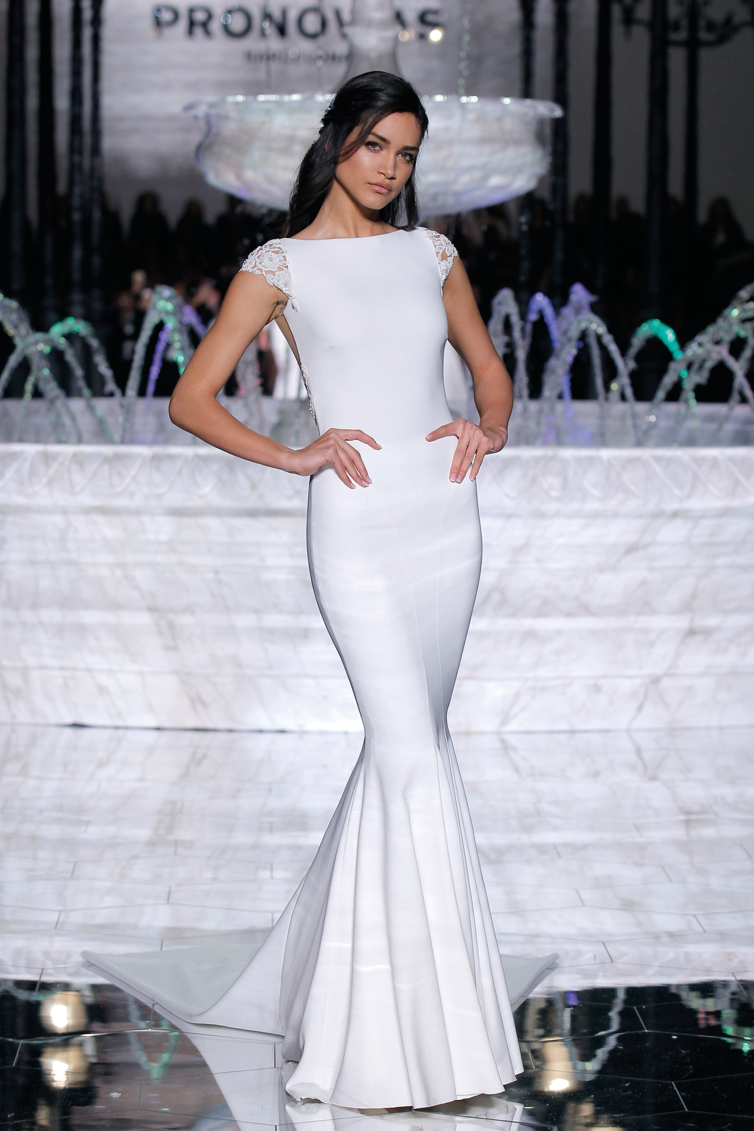 1-PRONOVIAS FASHION SHOW_Rosario