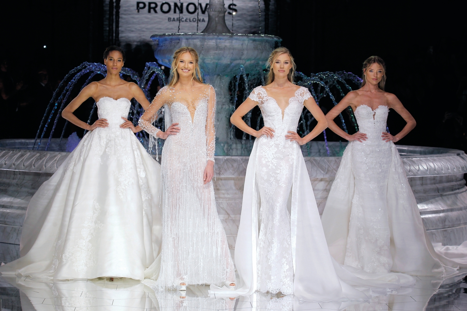 1-PRONOVIAS FASHION SHOW_Roxana, Riva,