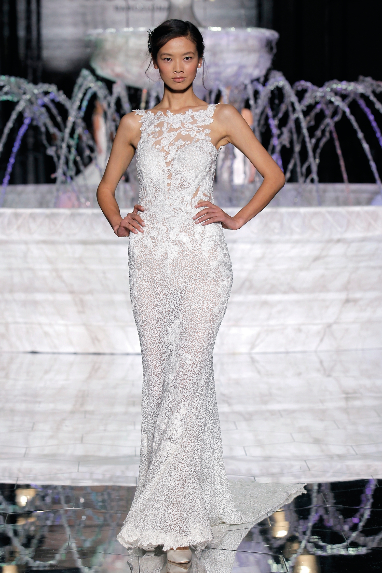 1-PRONOVIAS FASHION SHOW_Rubor