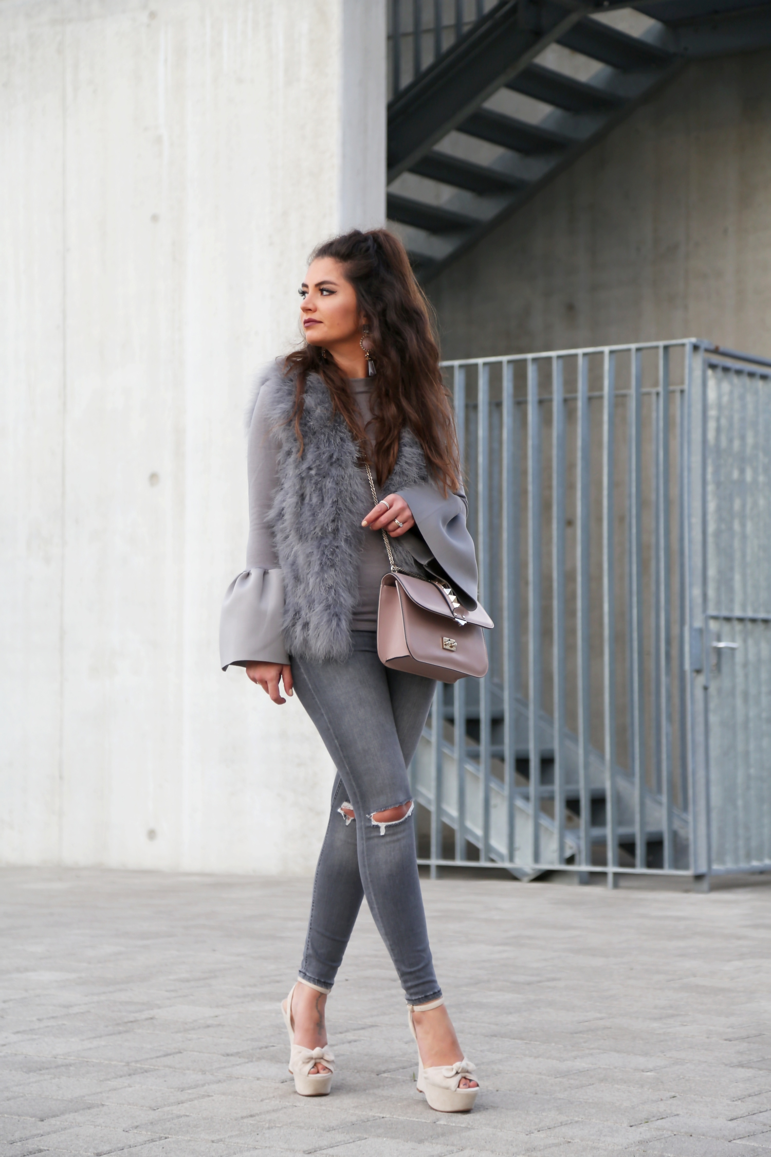 outfit: Grey and nude